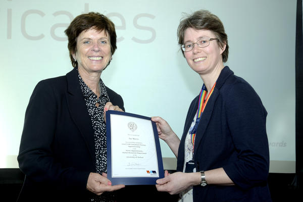 Sue Morris receiving Apprenticeship certificate from University of Oxford Vice Chancellor